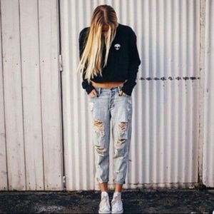 Brandy Melville Destroyed Boyfriend Jeans